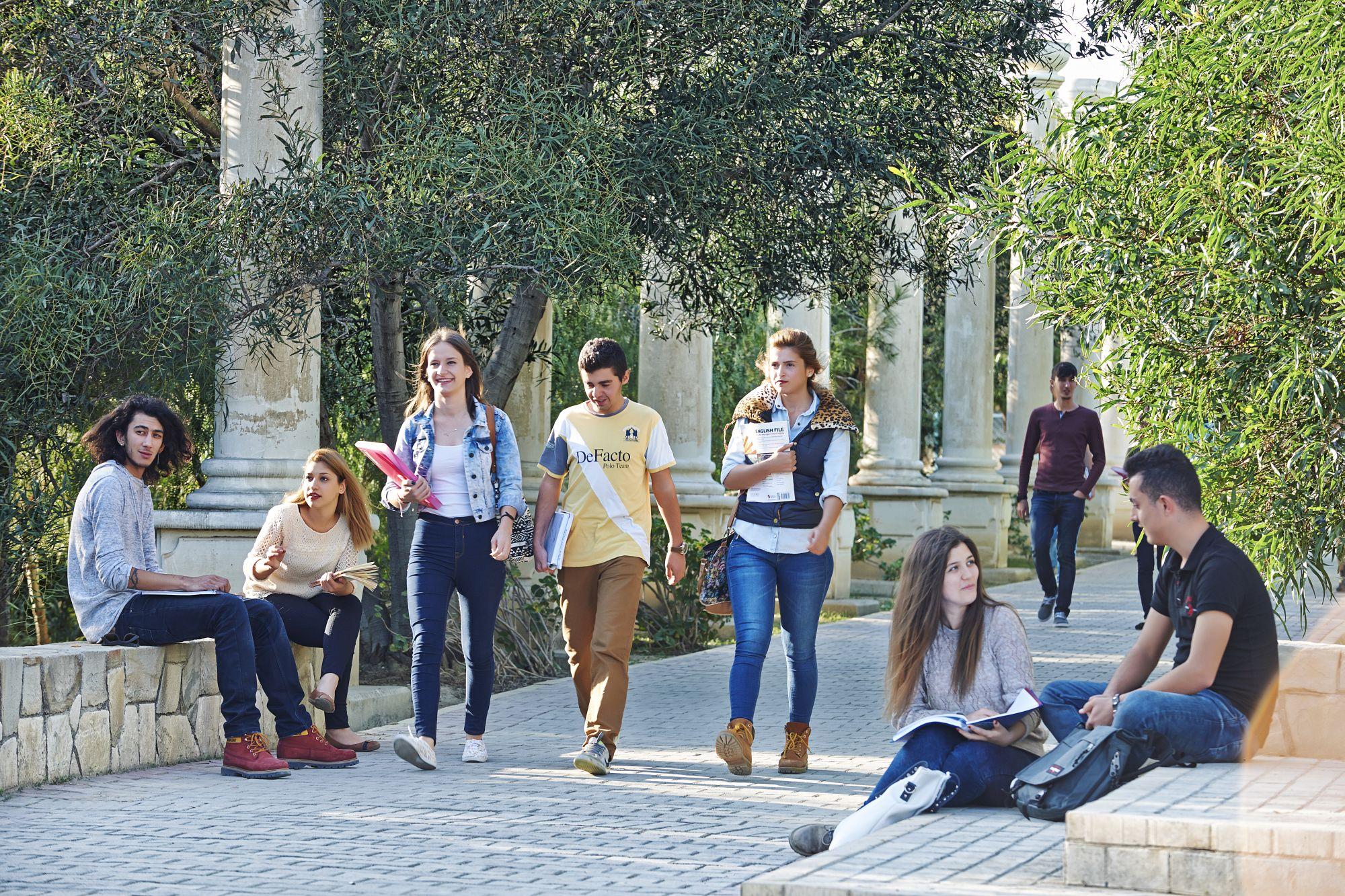 Yakın Doğu Üniversitesi Bilgisayar Enformatik Doktora Programına YÖK Onayı