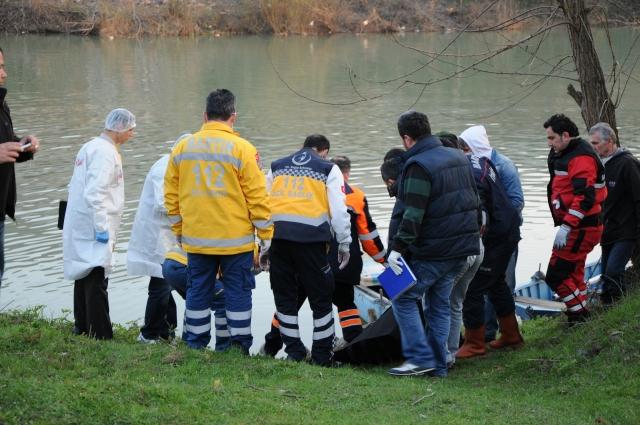 Irmağa düşen vatandaşın cesedine 22 gün sonra ulaşıldı