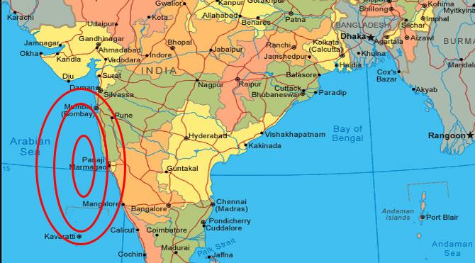 Hindistanda askeri uçak düştü
