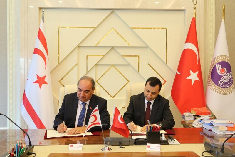 Yüksek Mahkeme ile Türkiye'nin iki mahkemesi arasında işbirliği imzalandı