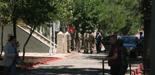 2. Ordu Komutanı Suriye sınırında