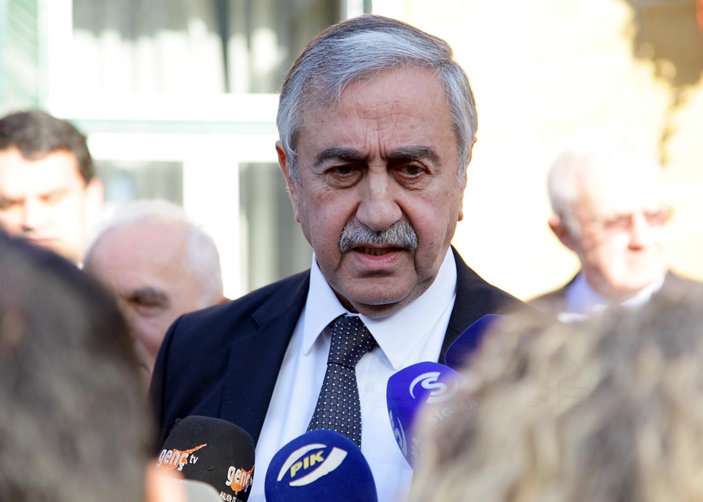 Liderler, Türk-Yunan Forumu'nun düzenlediği yemekte buluştu