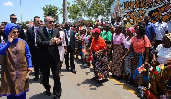 Afrika'da 23 ülkeyi ziyaret eden ilk lider
