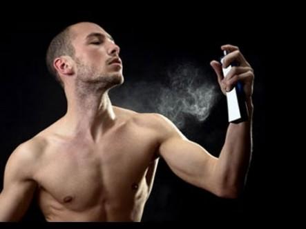 Bir Erkeğin Parfümü Nasıl Olmalı?