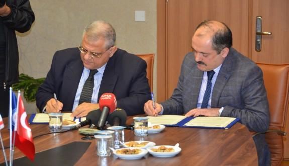 DAÜ ile Kıbrıs Sosyal Bilimler Üniversitesi arasında işbirliği protokolü