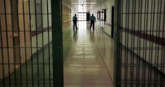 """""""Hükümsüz tutuklular mahkum  olmuş gibi hapiste bekliyor"""""""