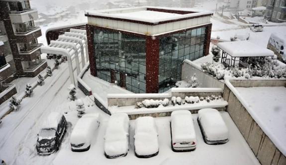 İstanbul ve 33 ilde eğitime kar arası