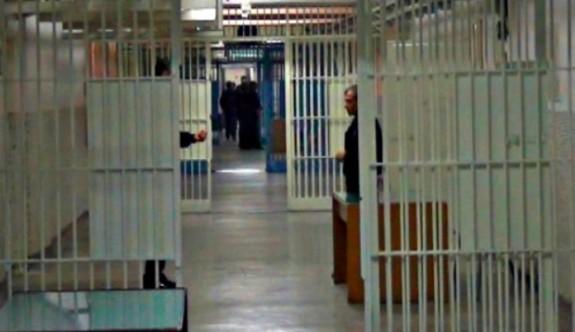 KKTC Merkezi Cezaevi'nde uyuşturucu baskını!
