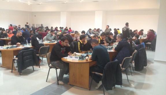 Satranç 1. Lig'de lider Yakın Doğu Üniversitesi