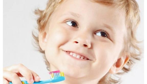 Süt Dişlerinin Çıkma ve Düşme Zamanları