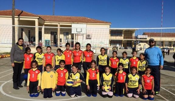 Voleybol Mesarya finalistleri belli oldu