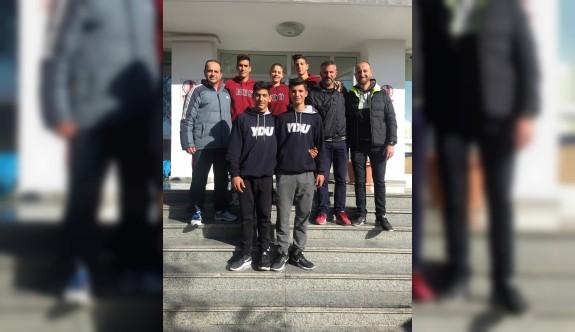 Yakın Doğu Koleji öğrencileri atletizmde Türkiye şampiyonu oldu