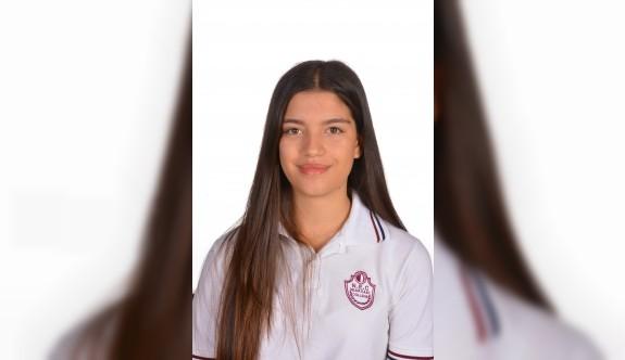Yakın Doğu Koleji Öğrencisi Şanel Özkan'ın büyük başarısı