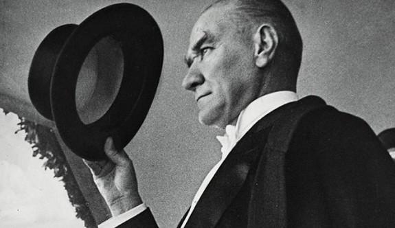 Yeni müfredatta Milli Mücadele'nin anlatıldığı bölümden Atatürk çıkarıldı
