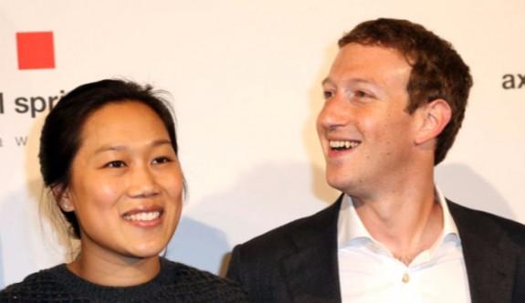 Zuckerberg'den Keskin U Dönüşü!