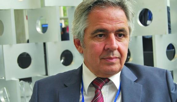 Pertev, IFAD başkanlığına aday