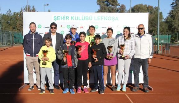 Teniste 12-16 Yaş Turnuvası tamamlandı