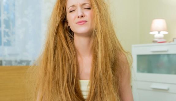 Mükemmel saçla uyanmanın 10 yolu