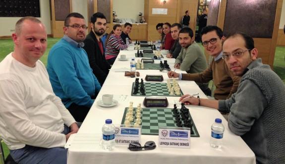 Satrançta yarı finalistler belirlendi