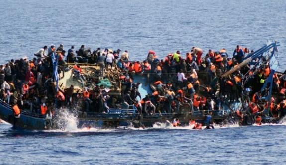 Akdeniz'de 4 ayda ölen mülteci sayısı bini geçti