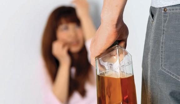 Avustralyalılara göre aile içi şiddetin kaynağı alkol