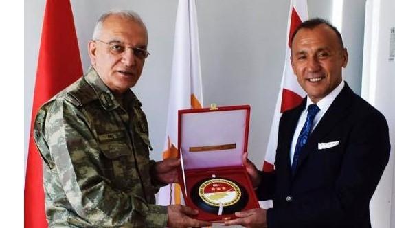 Barış Kuvvetleri Komutanı'ndan Ada kent Üniversitesi'ne ziyaret
