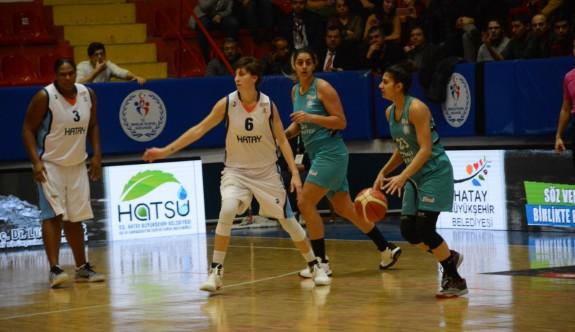 Girne Üniversitesi'nin kader maçı