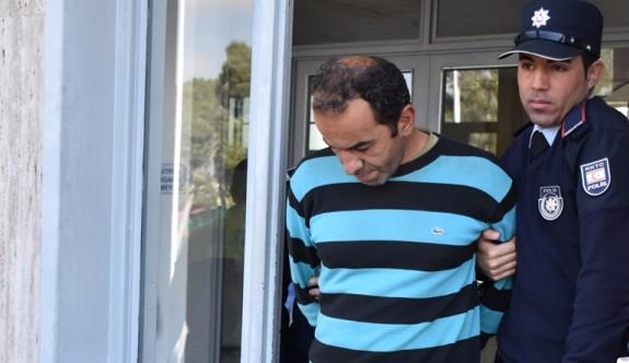 İçki hırsızı, harabe bir evde yakalandı