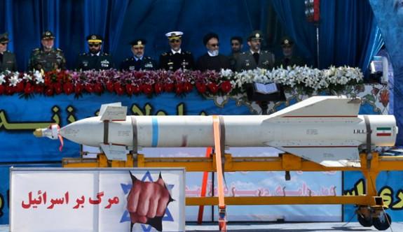 İran'dan büyük gövde gösterisi! 'İsrail'e ölüm'