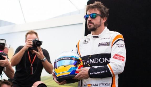 Alonso, Formula 1 yerine IndyCar Serisi'nde piste çıktı