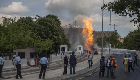 Ankara'da adliye binası önünde doğalgaz patlaması