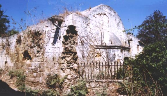 Ara bölgedeki iki kilisenin güçlendirilmesi için çalışma başlatıldı
