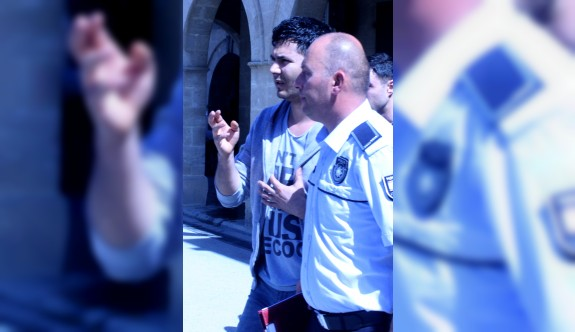 Ercan'dan kaçmak üzereyken yakalandı