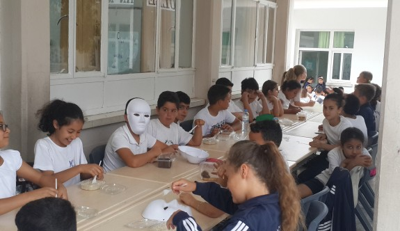 Karaoğlanoğlu İlkokulu'nda yaratıcı sanat etkinliği