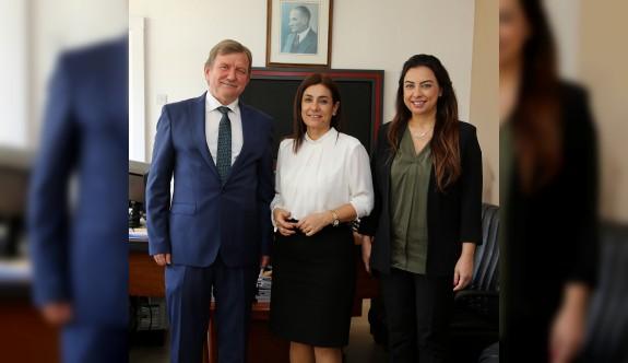 Kuzey Kıbrıs Turkcell'le BRT'nin işbirliği konuşuldu