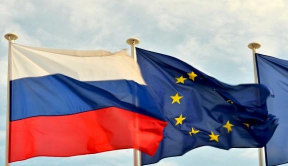 AB, Rusya'ya yaptırımları 6 ay uzatıyor