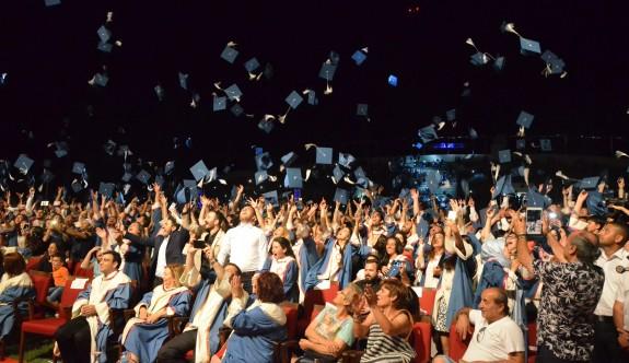 DAÜ 2 bin mezun daha verdi