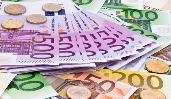 Güney Kıbırs'tan Lübnan'a 15 milyon euro yardım