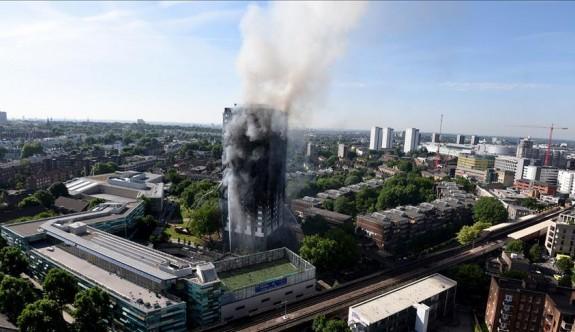 Londra'daki yangında ölenlerin sayısı artıyor