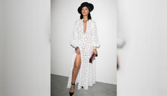 Rihanna'nın dantel stili