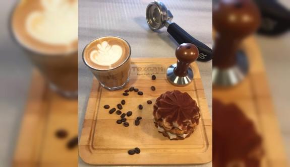 Tezgah Cafe'den Tiramisu tarifi