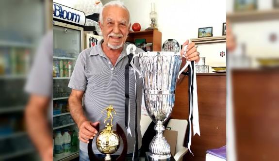 YAK'ın kupaları, Aysın'ın Kahve'de