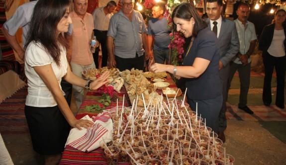 Çınarlı Festivali açıldı
