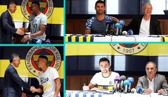 Fenerbahçe'de toplu imza töreni