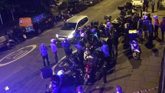 Londra'da art arda 5 asitli saldırı