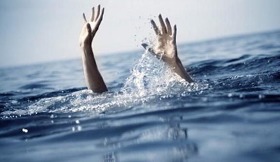 Yaşlı kadın boğulma tehlikesi geçirdi