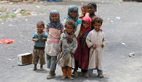 Yemen'de 832 çocuk hayatını kaybetti