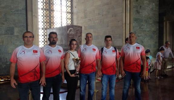 Avrupa şampiyonları, Ata'nın huzurunda