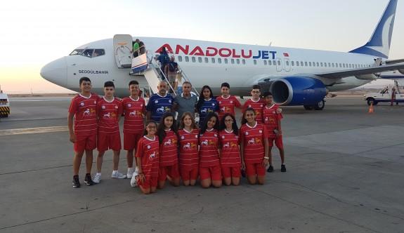Badmintoncular Ankara'da raket sallayacak