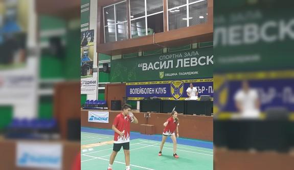 Badmintoncularımızdan erken veda